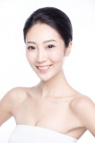 local female model Alia Cheung headshot