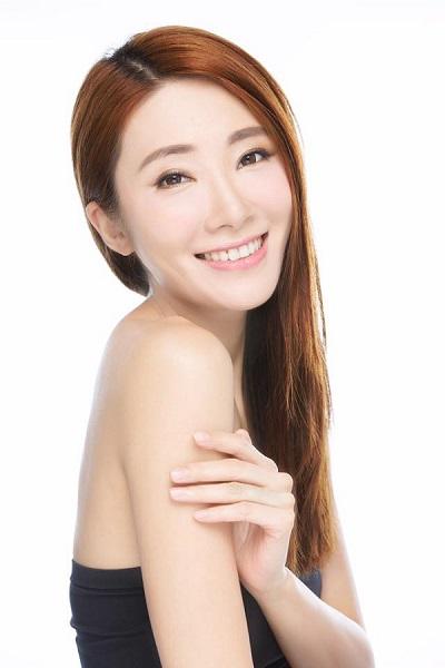 Zmodel Ayu Tang headshot