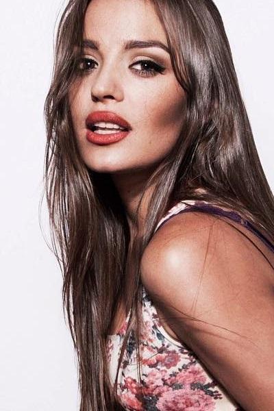 Zmodel Hong Kong based caucasian / eurasian female model Elena headshot photo